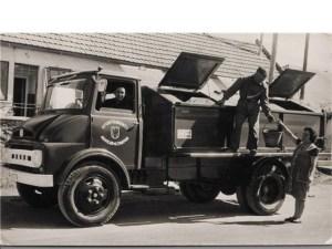 200235-aguilar-de-campoo-el-primer-camion-de-basura--